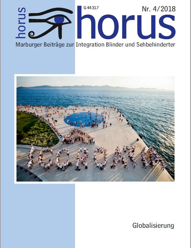 Titelbild: Globalisierung. Das ICC 2019: Eine Luftaufnahme aller Teilnehmer aus 17 Ländern, die an der Uferpromenade Zadars, Kroatien, das Logo und Schriftbild des ICCroatia bilden. Foto: STRIKOMAN.